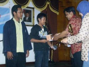 dengan MAPK menyabet Juara I & II LOmba Menulis se-Eks Karesidenan Surakarta