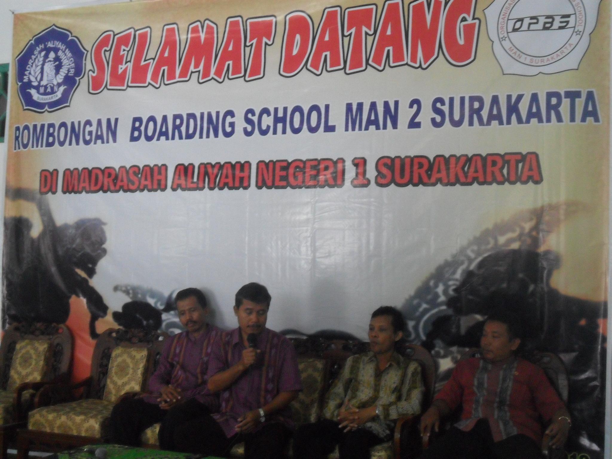 Jumat 13 Desember 2012 MAN 1 Surakarta Kedatangan Tamu Dari 2 Program Boarding School Sekitar Pukul 1330 WIB Rombongan Tiba Di